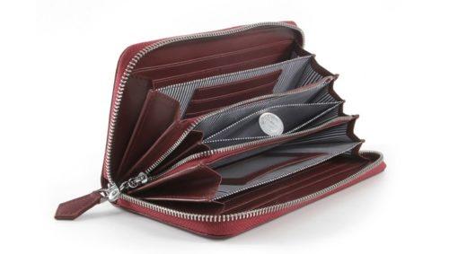 長財布は収納が多い