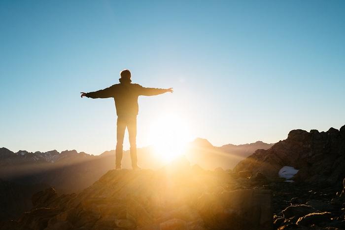【早起き、節食、運動】取り入れやすい習慣を紹介