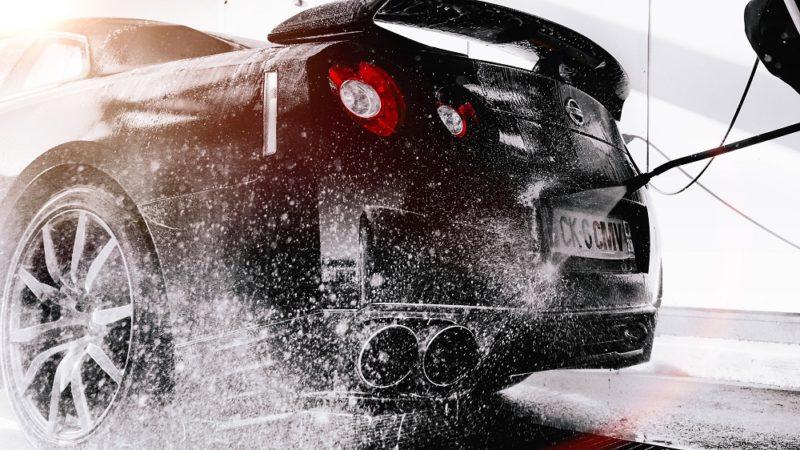 面倒な洗車を解決する方法