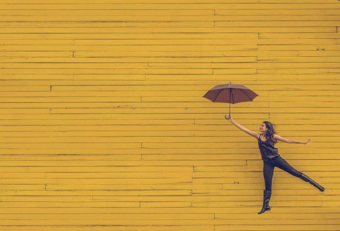 男性に日傘が普及していないわけ